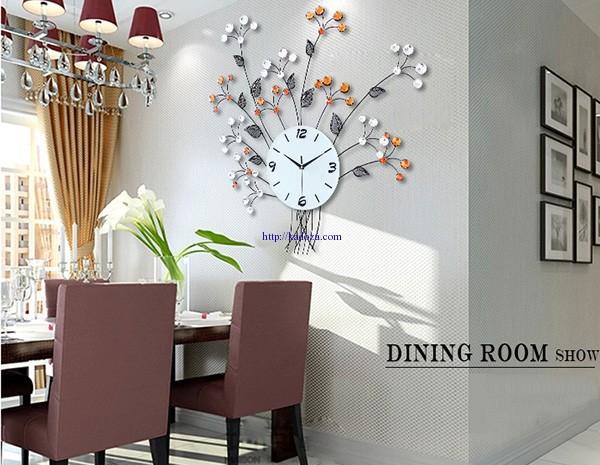 đồng hồ treo tường hiện đại cho phòng ăn sang trọng