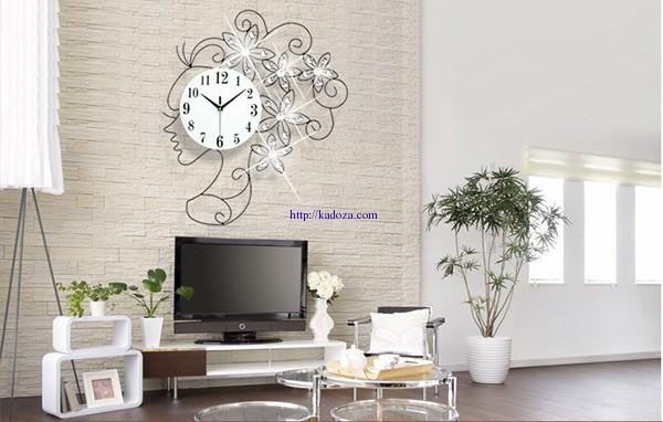 đồng hồ treo tường cho phòng khách hiện đại và sang trọng