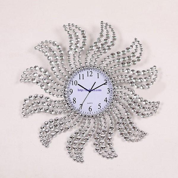 đồng hồ trang trí HQ934