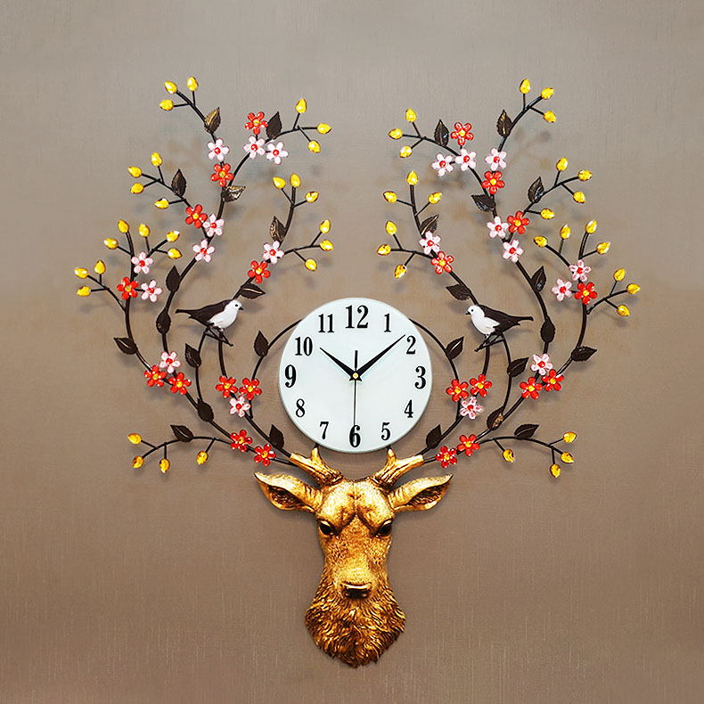 Đồng hồ treo tường hoa Tuần Lộc K911